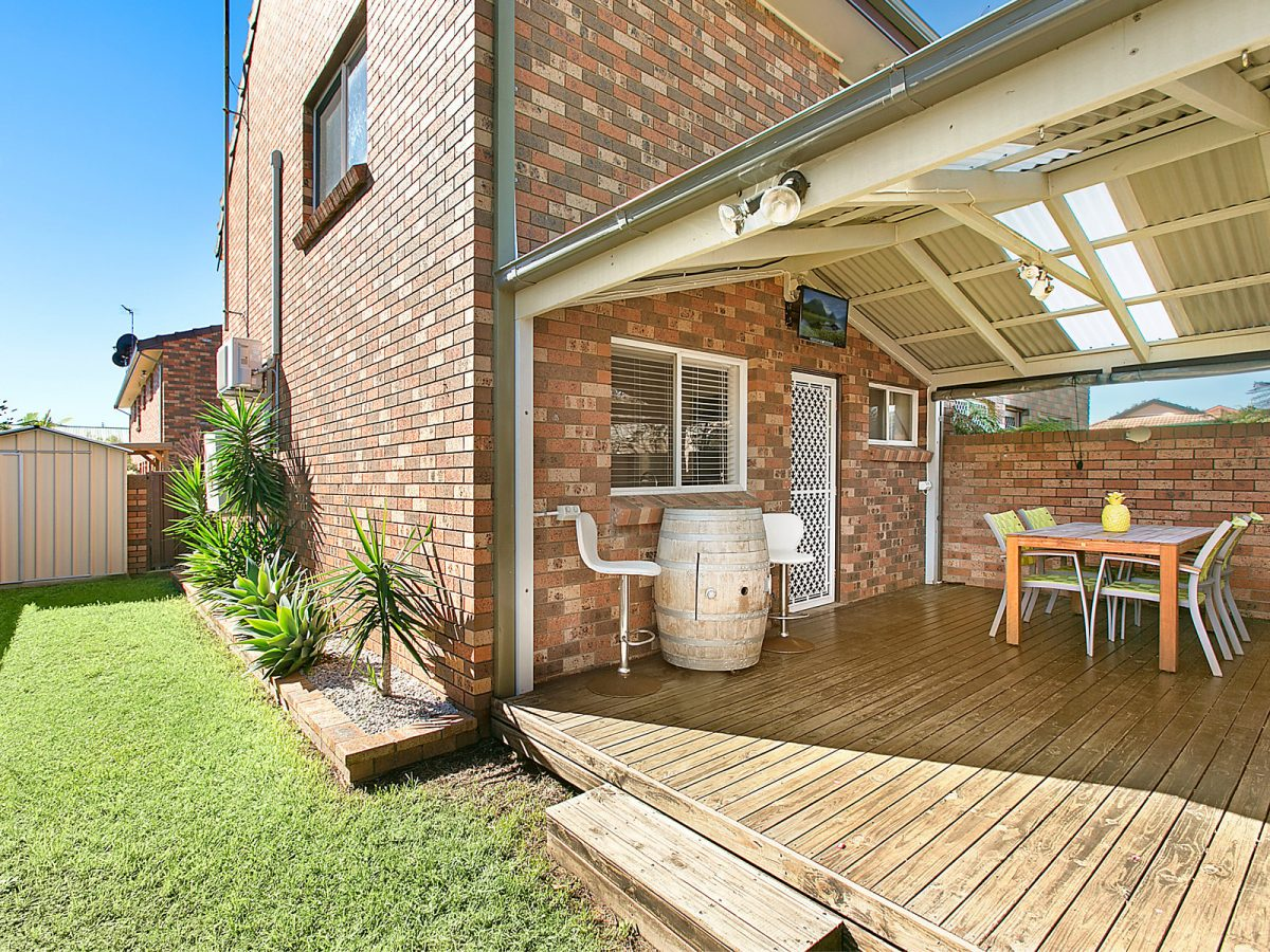 Immaculately presented townhouse